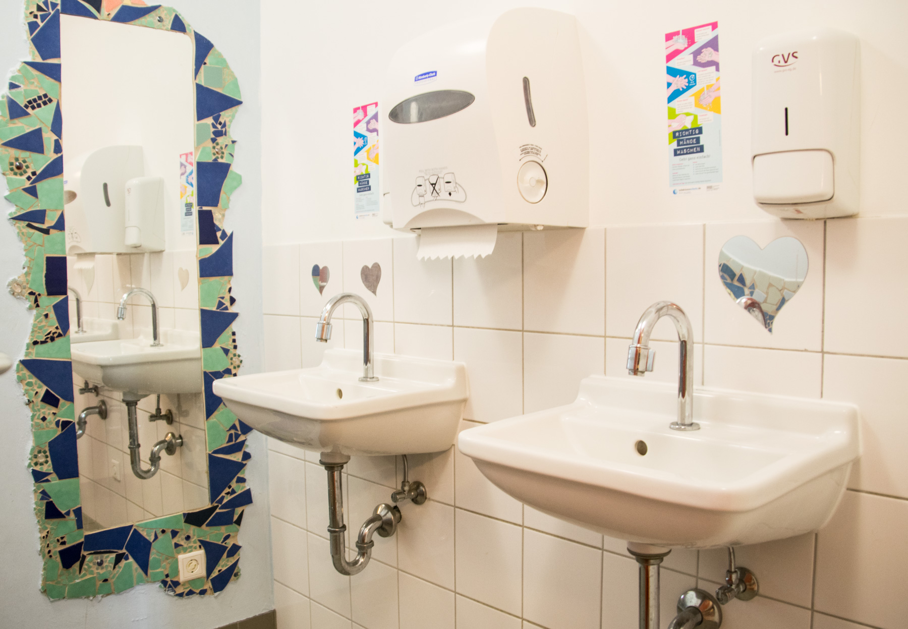 Montessori Schule Idstein Mädchentoilette